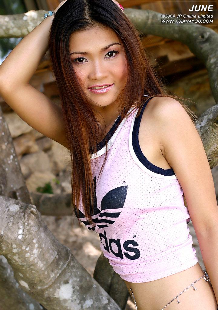 AsiaUncensored Asia Sex TheBlackAlley Amara Kesara Lidia 東南アジア系の美女