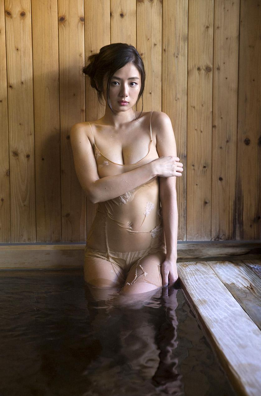 Katayama nackt moemi Moemi Katayama